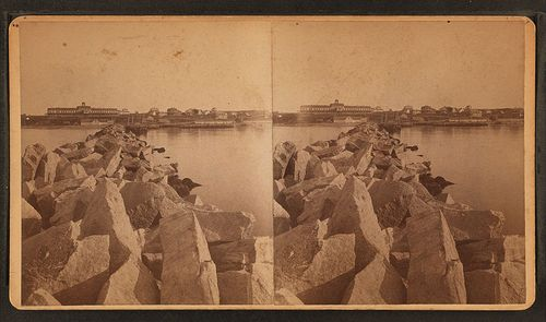 800px-From_Breakwater,_showing_Ocean_View_Hotel,_by_H._Q._Morton